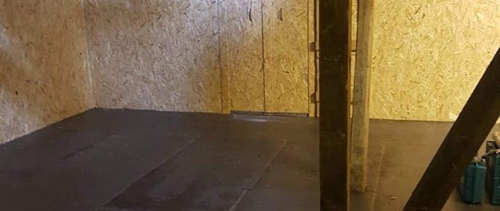 Siloer for tørking og lagring av høy på Storsand